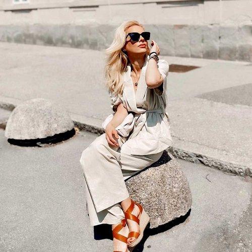Srečo najdeš tam, kjer sije sonce. 😄 ☀️ Ti je všeč modni izbor iz @ipdfashionstore ? .  . . #supernova...